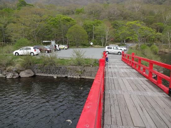 群馬県, 赤城神社までの橋