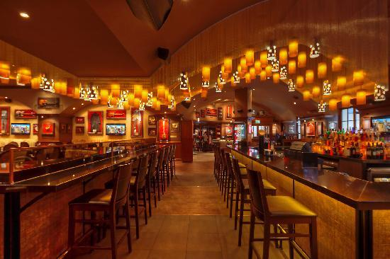bar hard rock cafe m nchen picture of hard rock cafe munich munich tripadvisor. Black Bedroom Furniture Sets. Home Design Ideas