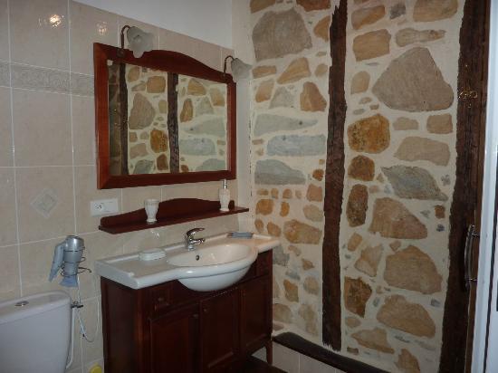 Amphitryon: salle de bains Barétous