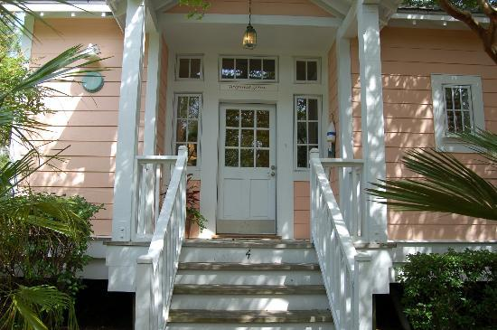 The Cottages on Charleston Harbor: Our cottage