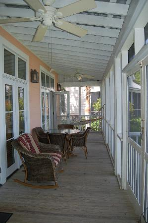 The Cottages on Charleston Harbor: Our balcony