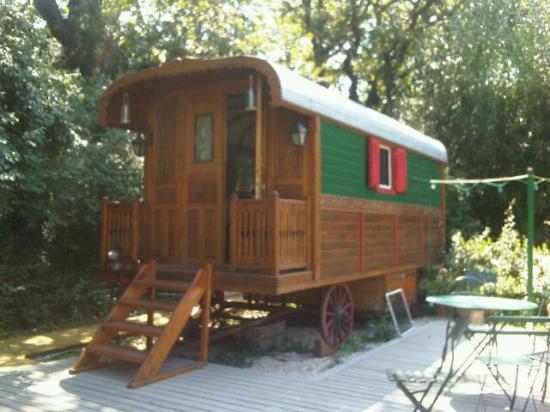 Le Pavillon Vert: la roulotte gitane du Pavillon Vert