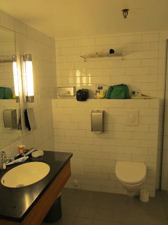 Clarion Collection Hotel Bryggen: Bathroom