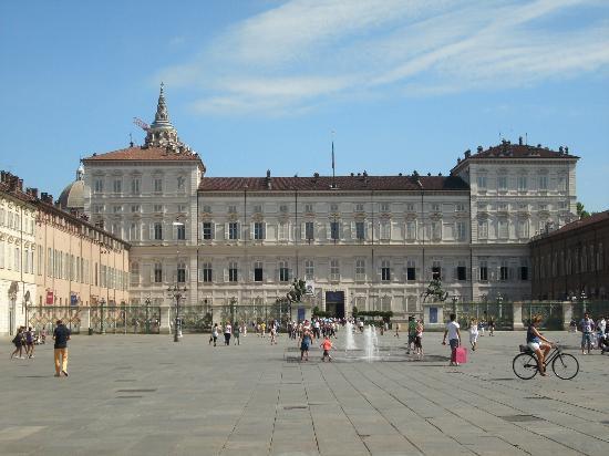 Albergo Ristorante San Marco: Palazzo Reale