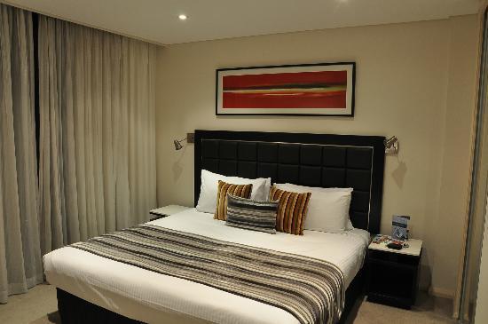 Novotel Sydney Parramatta: L'interno di una stanza nel blocco A