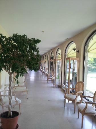 Relais de Margaux: Galerie d'accès aux chambres