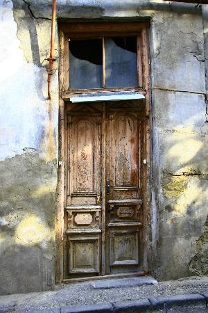 SKAdaVELI: DON'T BE FRIGHTENED BY THE OLD DOOR