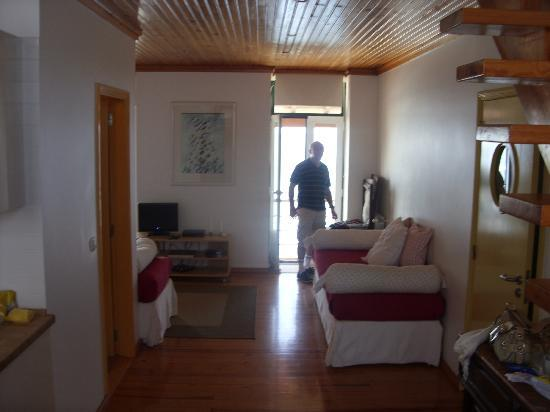A Casa d' Arriba : The downstairs room had 2 settees for us to chill out on our return each night