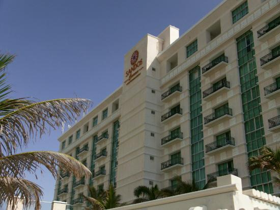 Sandos Cancun Luxury Resort: Hotel