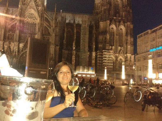 """Ibis Cologne Centrum Hotel : un """"prosit"""" sotto la cattedrale di Köln"""