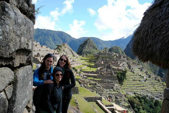 Cusco Wonderful Day Tours: We finally made it to Machu Picchu!