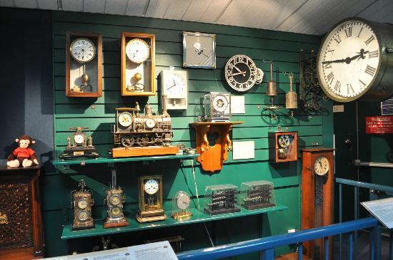 Claphams Clocks - The National Clock Museum: More old clocks