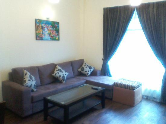 Pello Lake Resort: Top Floor Sitting Area