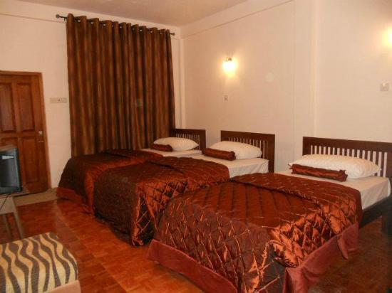 Pello Lake Resort: Triple Room
