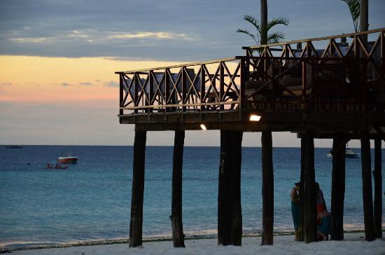 The Z Hotel Zanzibar : au couché du soleil