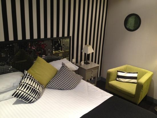 ZE Hotel: Habitación
