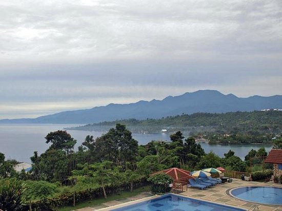Manokwari, Indonesia: A view from the deluxe sea view room.