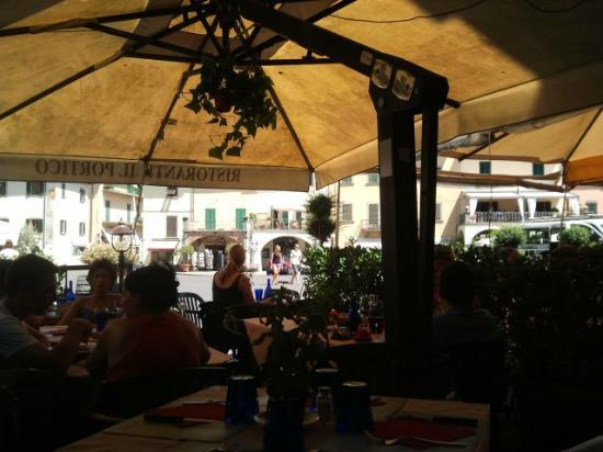 Il Portico: Covered outdoor seating on the square
