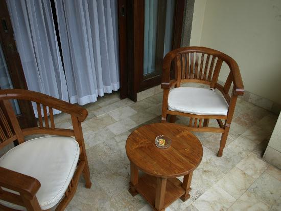 Hotel Kumala Pantai: Balcony