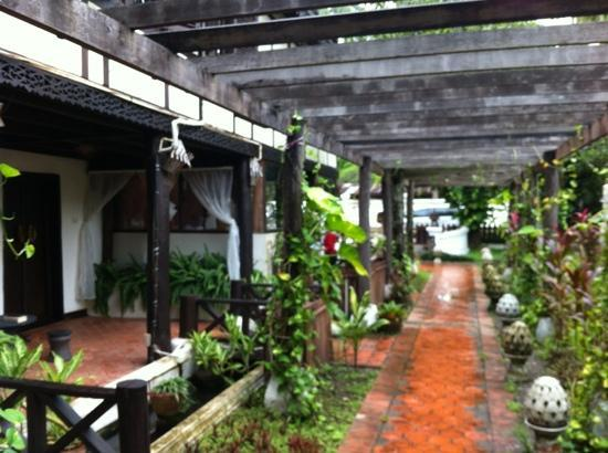 Ramayana Boutique Hotel: patio