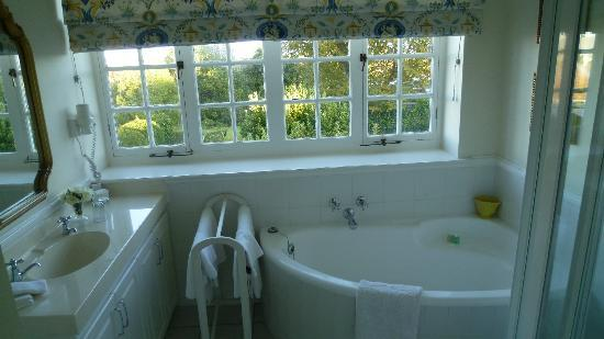 Highlands Country House: Bath