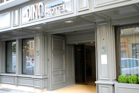 Le Cinq Hotel Chambery France Reviews Photos Price