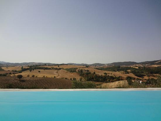 Pianirossi: infinity pool