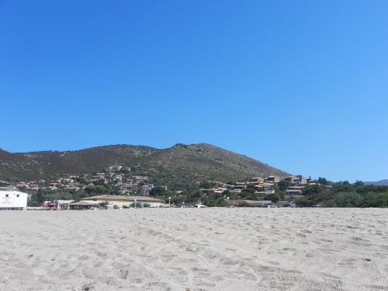 Marina di Lava: vista dalla spiaggia