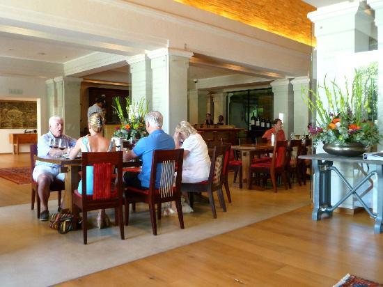Maison d'Ail Guest House: La Motte Winery