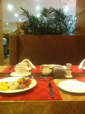サイゴン スター ホテル, breakfast