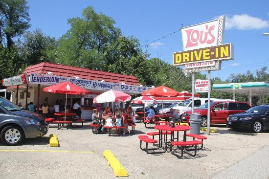 Lou's Drive -in