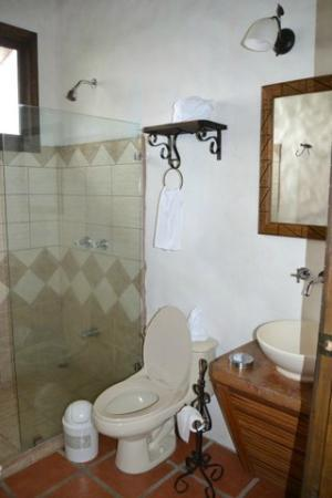 Casa Luna Hotel & Spa: Baño