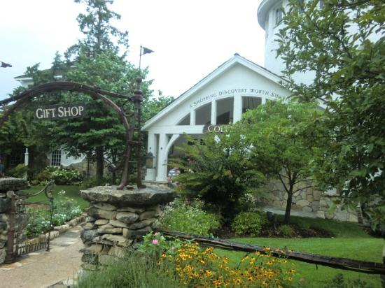 The Wilderness Club at Big Cedar: gift shop