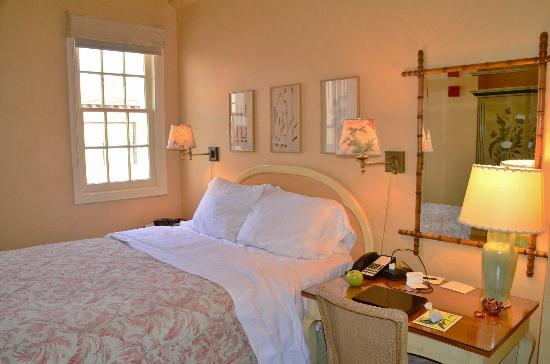 Ashland Springs Hotel: Queen room