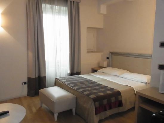 Hotel Alexander: ベッド
