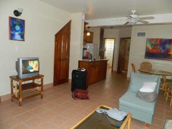 Belizean Shores Resort: Our cute room 