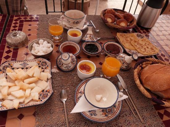 Riad Charme d'Orient: le petit déj.