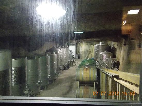 Tarara Winery: barrels