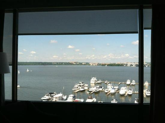 The Westin Washington National Harbor: 6th floor harbor view