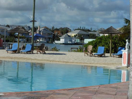 Sandyport Beaches Resort: Pool Area