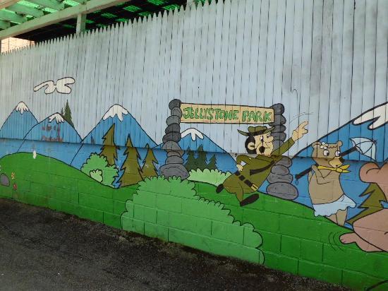 Yogi Bear's Jellystone Park: Mural