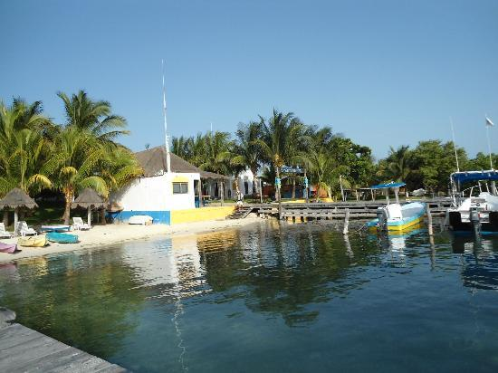 El Milagro Beach Hotel and Marina: View from the pier