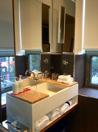 Drake Hotel Toronto: the bathroom sink