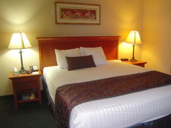 BEST WESTERN Pasadena Royale : Bed Peace