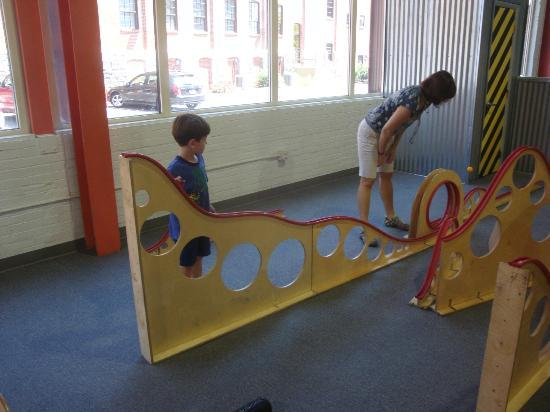 The Lancaster Science Factory: Roller coaster track building