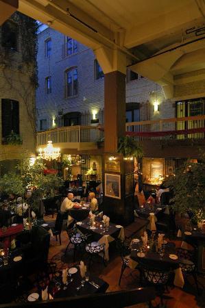 Main courtyard picture of aroma mediterranean restaurant for Aroma mediterranean cuisine