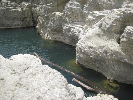 La Roque-sur-Ceze, ฝรั่งเศส: cascade