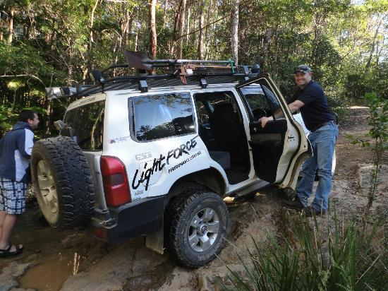 ‪‪Southern Cross 4WD Tours‬: Darran being a gentelman
