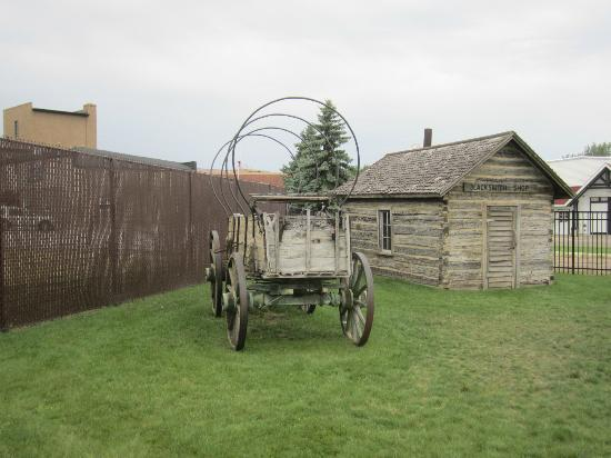 Runestone Museum: Covered Wagon
