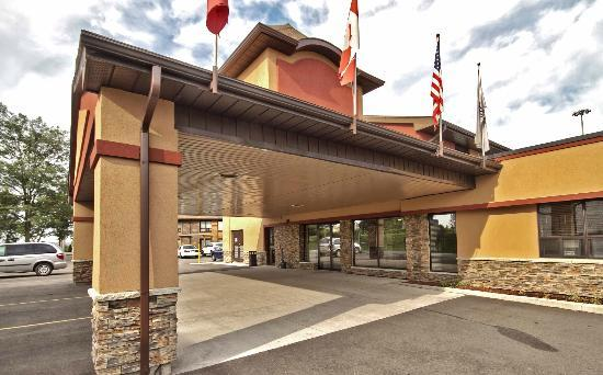 Best Western Kitchener-Waterloo : Exterior Hotel